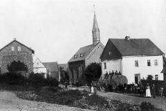 Die Kirche im Jahr1899.